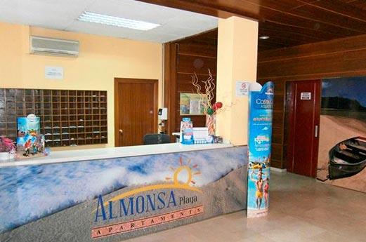 Appartementen Almonsa Beach receptie
