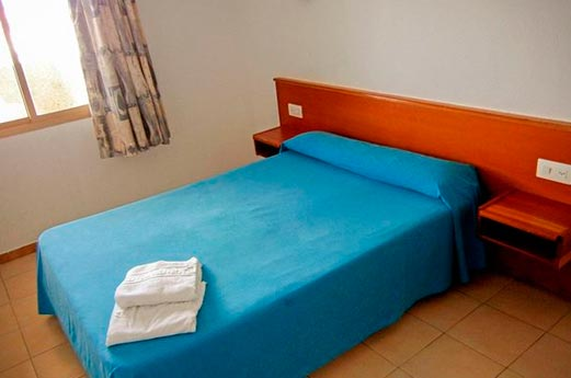 Appartementen Almonsa Beach slaapkamer